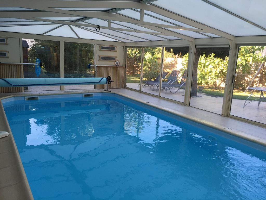 Luxury Cottage With Heated Steam Indoor Pool And 6857578