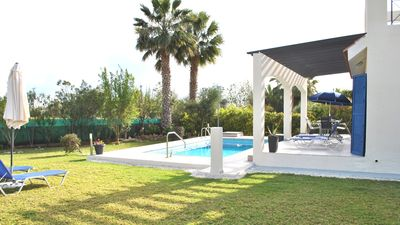 Photo for NEW! 3 Beds, Pool & Wifi. Near excl. Cap St Georges, 4 mins drive to Coral Bay
