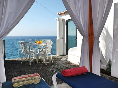 Photo for Beachfront cottage in sunny Calheta – the ideal hideaway | Cottage do Mar