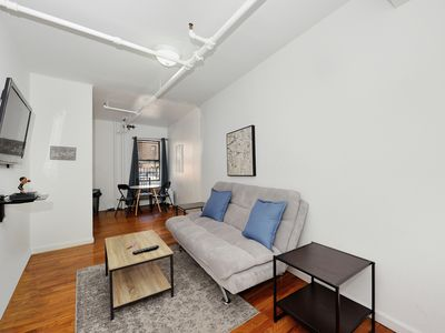 Photo for Immaculate 1 Bedroom Apartment