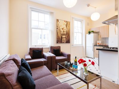 Photo for The Earls Court Townhouse - KM - Two Bedroom Apartment, Sleeps 4