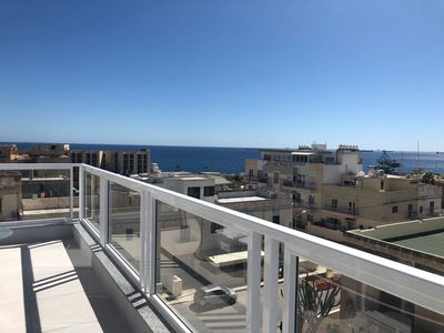 Photo for 3. Luxury Sea View 2 Bed Apartment close to Beach!