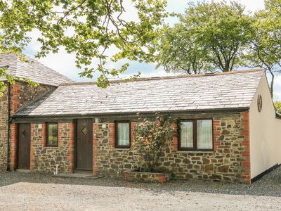 Photo for THE COTTAGE, pet friendly, with pool in Holsworthy, Ref 940754