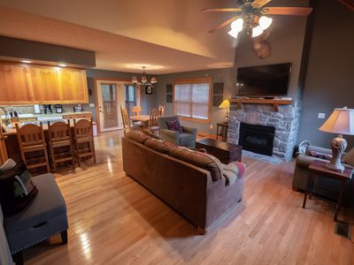 Photo for StoneBridge Village - Close to Silver Dollar City- The Perfect Retreat!