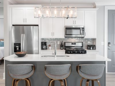Comfy and Cozy New Condo Nestled in Historic  Downtown Charleston
