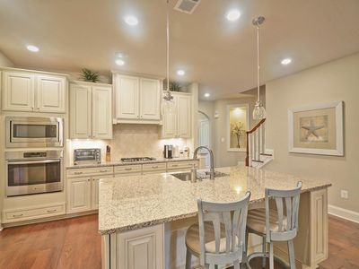Photo for Outstanding 4 bd-3.5 bth in Bay Forest Community