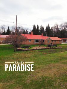 Photo for Beautiful Lakefront Vacation Home  - Lem's Paradise