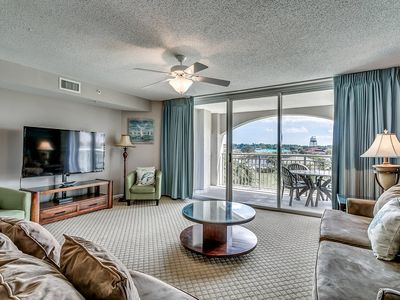 Photo for Yacht Club Villas 1-305, 3  Bedroom Waterfront Condo, Hot Tub and Free Wi-Fi!