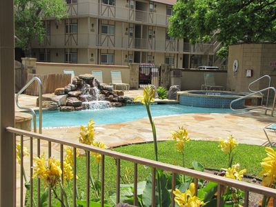 Photo for POOLSIDE PARADISE WATERWHEEL CONDO 2 POOLS/4 HOT TUBS/RIVER/ NEAR SCHLITTERBAHN!