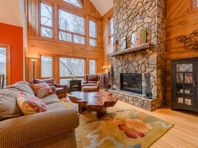 Photo for Three-Level Cottage with Hot Tub, 2 Master Suites, Game Room, Customized Decor, Club Access