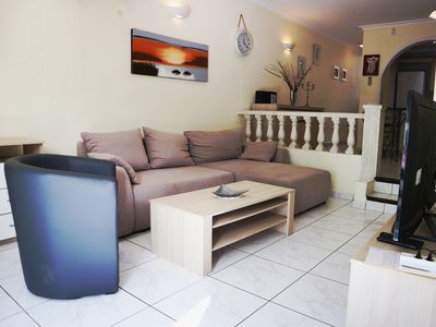 Photo for SUNNY VILLA: walking distance from the Torviscas beach. Family friendly.