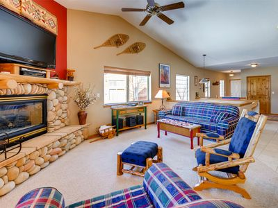Photo for Lookout Ridge Town Home - Central Dillon Location - 7 Miles to Keystone Resort