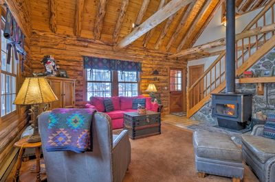 This charming vacation rental offers 3 bedrooms and 2 bathrooms.
