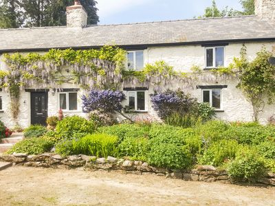 Photo for RHYDYGALED, family friendly in Llanrhaeadr-Ym-Mochnant, Ref 968289