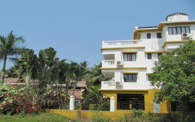 Photo for 2 Bedroom Apartment (A) In Betalbatim South Goa - Internet & Shared Private Pool