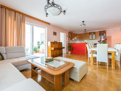 Photo for Apartment Dijana - Luxury apartment with very friendly owners