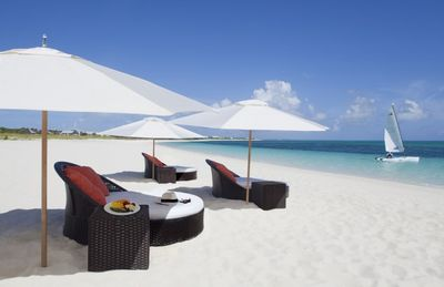 Photo for One Bedroom Ocean Front Suite on Grace Bay - Resort Access