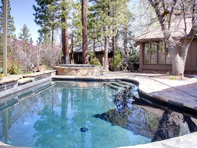 Photo for POOL, HOT TUB, PRIVATE TENNIS, SAUNA 1.5 ACRES