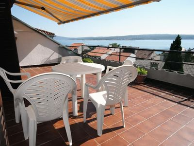 Photo for One bedroom apartment with terrace and sea view Crikvenica (A-5556-a)