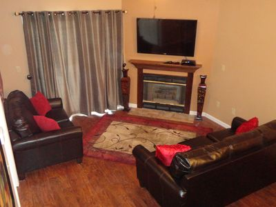 Living room with 50' HD T.V.