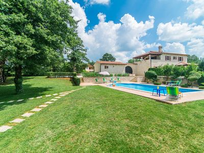 Photo for Villa Catarina with Beautiful and Spacious Garden and Pool