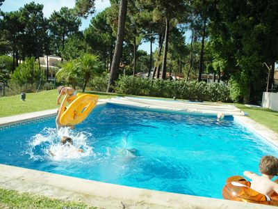 Photo for Nice ground floor villa in a golf resort, near the beach, close to Lisbon