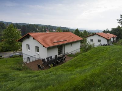 Photo for Luxury 10-person bungalow in the holiday park Landal Salztal Paradies - in the mountains/rolling countryside