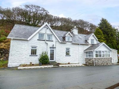 Photo for 4BR Cottage Vacation Rental in Builth Wells