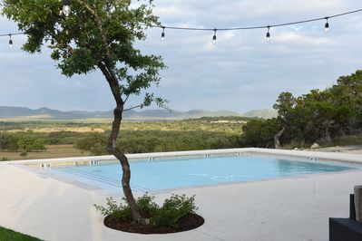A beautiful pool and views in on place
