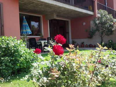 Photo for Morena apartment with garden and terrace overlooking the lake, ideal for relaxation and sports