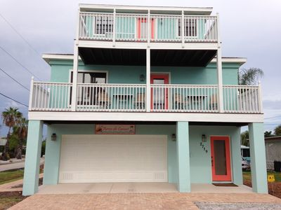Photo for BEACHVIEW and NEW 2 Bedrooms, 1 & 1/2 bathrooms pool home, sleeps 4