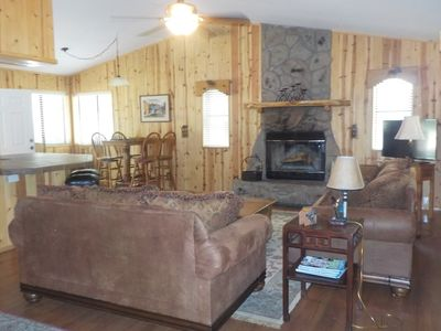 Photo for COZY COTTAGE CABIN RETREAT IN PINE TOP COUNTRY CLUB