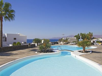 Photo for 1 Bed/Bathroom, Full UK TV, WiFi, Air Conditioning, Private Balcony, Sea View