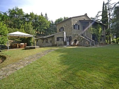 Photo for Private Villa with private pool, A/C, WIFI, TV, patio, panoramic view, parking, close to Cortona