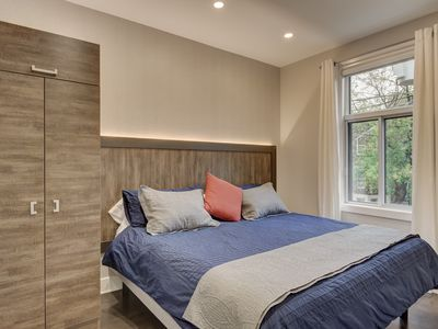 Photo for NEW: Mile-End Prime Suite #2