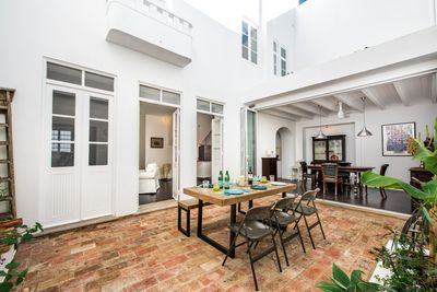 Enjoy al fresco living in this gorgeous private court yard