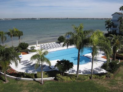Photo for Completely Renovated 2 Bedroom Condo on Boca Ciega Bay in Isla Key, Isla Del Sol