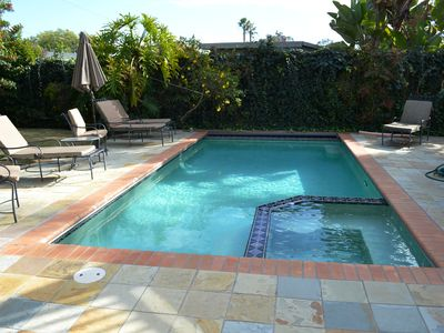 Coronado Summer House is Waiting for You! 5bdrm, 2 blocks to beach, with pool!
