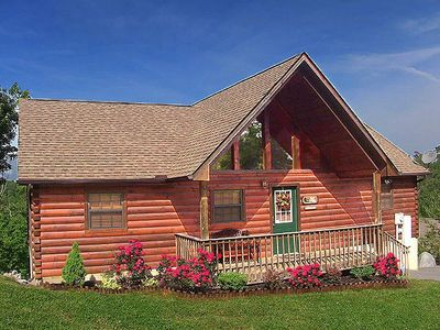 Photo for Stunning Sunset Mountain View, Hot Tub, Close to Dollywood/Parkway
