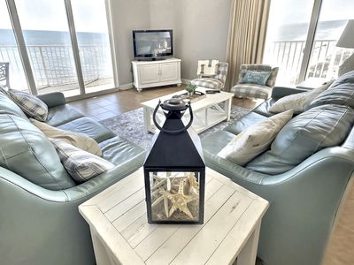 Photo for Huge Beachfront Corner Unit - 2248 sq ft of bliss and paradise!