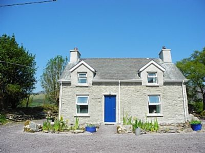Photo for Traditional Stone Cottage With Mountain Views