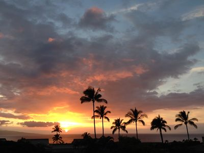 Photo for SPECTACULAR SUNSET OCEAN VIEW IN WAILEA EKOLU#607 - SUMMER SPECIAL $171 per nt!!