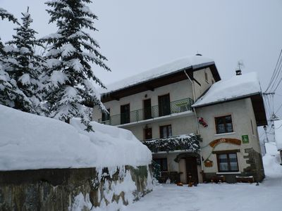 Photo for Apartment in a chalet located on the side slope