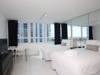Oceanfront Building - Studio with bay view for 4 people (1411)