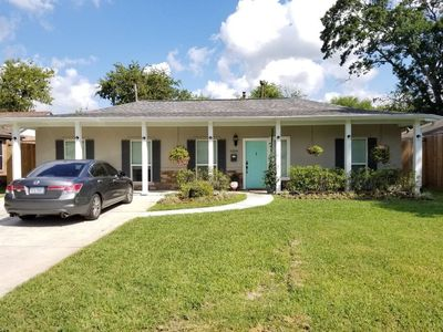 Photo for Family Home Close To Houston Galleria Area - 8 day max rental.