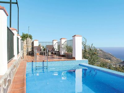Photo for 2 bedroom Villa, sleeps 4 in Cortijada Cantarriján with Pool, Air Con and WiFi