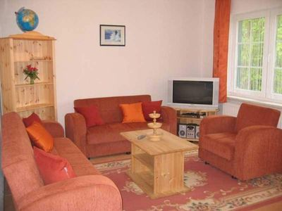 "Photo for Holiday apartment ""Schwan"" (ground floor) - Gutspark Schwarbe with riding stable - cottage 1"