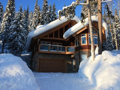 Beautiful winter chalet with ski-in/ski-out access, heated floors and hot tub.