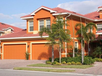 Photo for Newer One Level Coach Home 2 Bedroom, Lanai, Players Club!