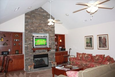 Great room with ceiling fans, Cable HDTV and Sleeper Sofa